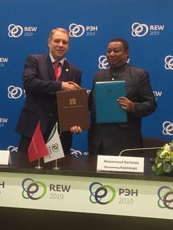 HE Mohammad Sanusi Barkindo, OPEC Secretary General (r); with HE Yury Sentyurin, GECF Secretary General