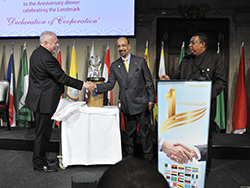 HE Khalid A. Al-Falih, Saudi Arabia's Minister of Energy, Industry and Mineral Resources, and President of the OPEC Conference (c); with Dr. Michael Häupl, Mayor of Vienna (l), and HE Mohammad Sanusi Barkindo, OPEC Secretary General