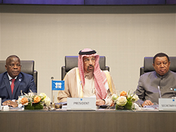 HE Khalid A. Al-Falih, Saudi Arabia's Minister of Energy, Industry and Mineral Resources, and President of the OPEC Conference (c); Mr. Estévâo Pedro, Chairman of the OPEC Board of Governors (l); and HE Mohammad Sanusi Barkindo, OPEC Secretary General