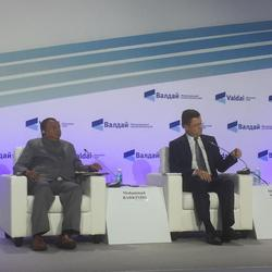 HE Mohammad Sanusi Barkindo, OPEC Secretary General (l); and HE Alexander Novak, Minister of Energy of the Russian Federation