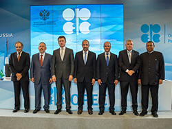Group photo of OPEC and non-OPEC Ministers and the OPEC Secretary General