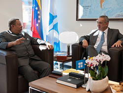 HE Barkindo, OPEC Secretary General (l), meets with HE Del Pino, People's Minister of Petroleum of Venezuela