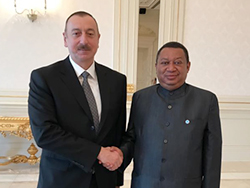 HE Ilham Aliyev, President of the Republic of Azerbaijan (l), with HE Mohammad Sanusi Barkindo, OPEC Secretary General