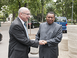 HE Mohammad Sanusi Barkindo, OPEC Secretary General (r), with HE Vladimir Voronkov, Russia's Ambassador in Vienna