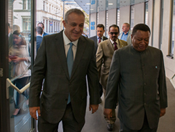 HE Barkindo welcomed HE Del Pino and his accompanying delegation to the OPEC Secretariat