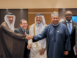 OPEC Ministers of Saudi Arabia, Algeria, Qatar and Nigeria with the Secretary General