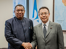 HE Yosuke Takagi, Japan's State Minister of Economy, Trade and Industry (r) with HE Mohammad Sanusi Barkindo, OPEC Secretary General