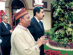 HE Nicolas Maduro, President of the Bolivarian Republic of Venezuela (r) with HE Mohammad Sanusi Barkindo, OPEC Secretary General
